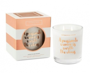 EMPOWERING CHICKS CANDLE TUSCAN FIG & HYACINTH 370G