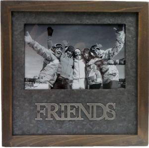 PHOTO FRAME 6X4 FRIENDS WOODEN